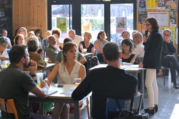Des cafés citoyens pour le climat