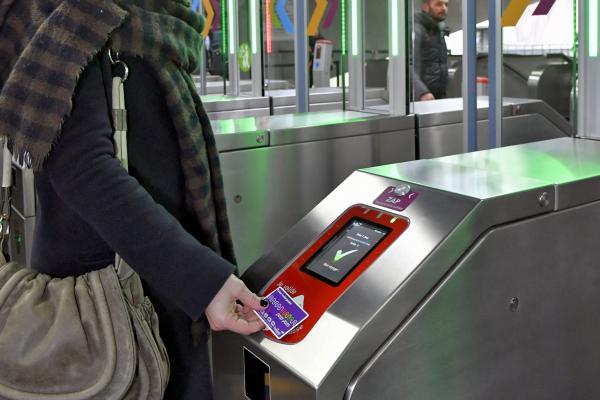 Métro : ce 13 décembre, la Métropole Européenne de Lille équipe la station Porte des Postes de portillons d'accès