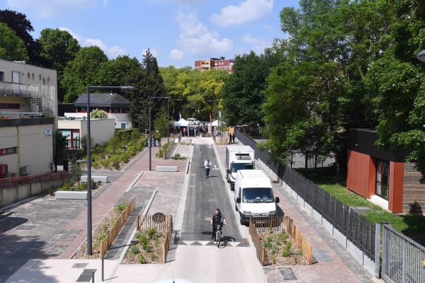 Aménagement Grand Angle : la Métropole Européenne de Lille et Villeneuve d'Ascq inaugurent la rue Simone Veil